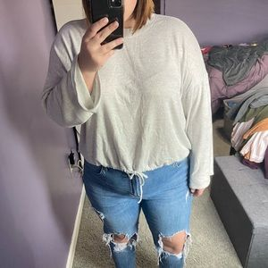 AMERICAN EAGLE TIE FRONT SWEATER